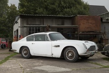 BARN FIND ASTON! Check out this 1967 DB6 Vantage. Someone scoop this up and give ...