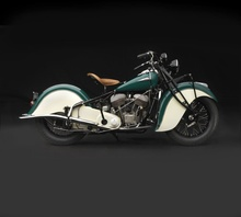 1940 Indian Chief. What an insanely beautiful machine!
