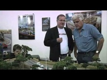 Jay Leno talks with SlotMods founder about the resurgence in slot car racing.