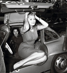 Sophia Loren in Mercedes Benz 300SL Gullwing.