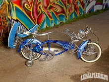Sick lowrider bike that 9 year old David Vargas built with his dad. Great project!