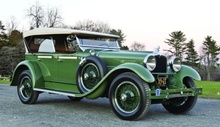 Along with fully enclosed sedan and limousine versions, Robbins built two- and four-passenger Speedster models ...