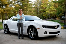 GM prods dealers to sell cars online. The software, which keeps GM's 4,300 dealers central ...