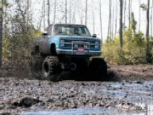 Building 4x4 Mud Bogging Trucks - Mind Over Mudder Mud Building Basics Read more: http://www.4wheeloffroad.com