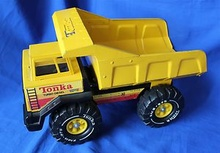 Tonka Mighty Dump, Prototype - Used in the 1983 catalog shoot before production