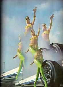 Seventies green goddess at the drags.